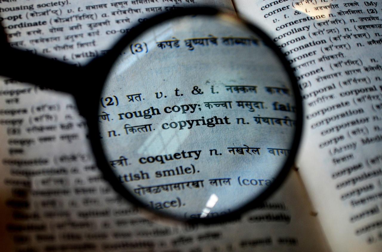Jak przetłumaczyć i wydać książkę? - prawnik odpowiada