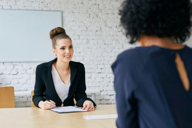 Rozmowa rekrutacyjna w biurze tłumaczeń
