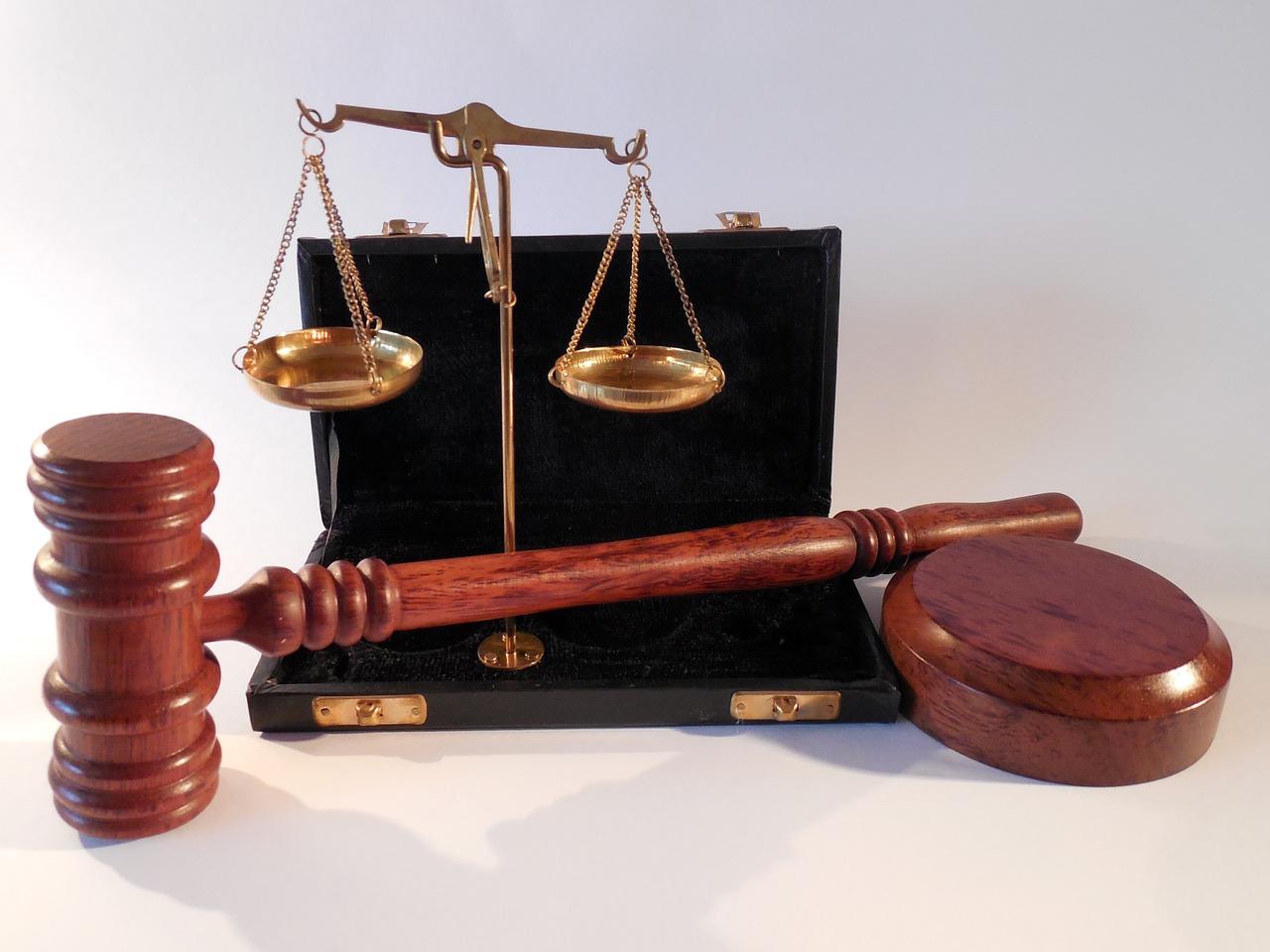 Tłumacz w sądzie i na policji
