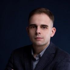 EngLaw. Tłumaczenia, Szkolenia Językowe, Consulting. Przemysław Kusik