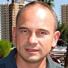 Clever Consulting Marcin Gniedziejko